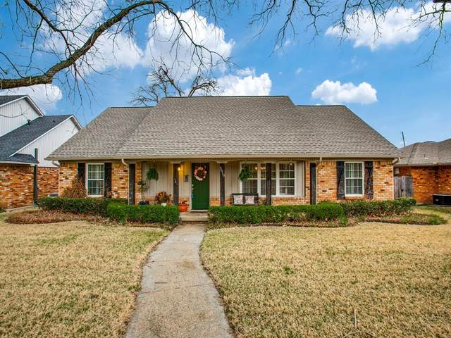 9810 Vistadale Drive, Dallas, TX 75238 (MLS #14485697) :: Maegan Brest | Keller Williams Realty
