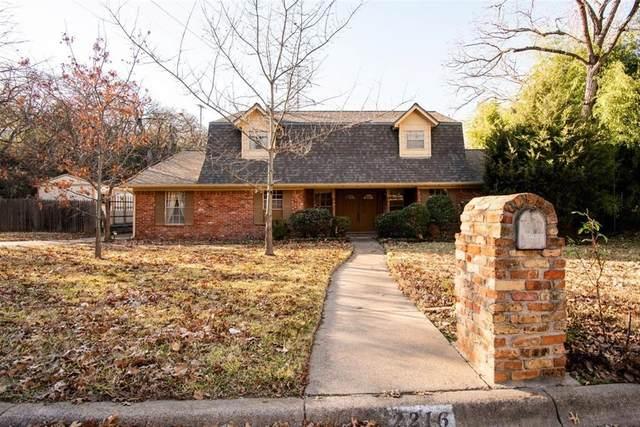 2216 Shadydale Drive, Arlington, TX 76012 (MLS #14490636) :: The Paula Jones Team   RE/MAX of Abilene