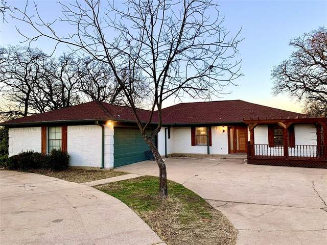 209 William Wallace Drive, Burleson, TX 76028 (MLS #14493453) :: Feller Realty