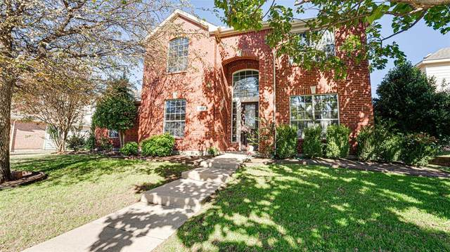 3637 Estacado Lane, Plano, TX 75025 (MLS #14498766) :: The Mauelshagen Group