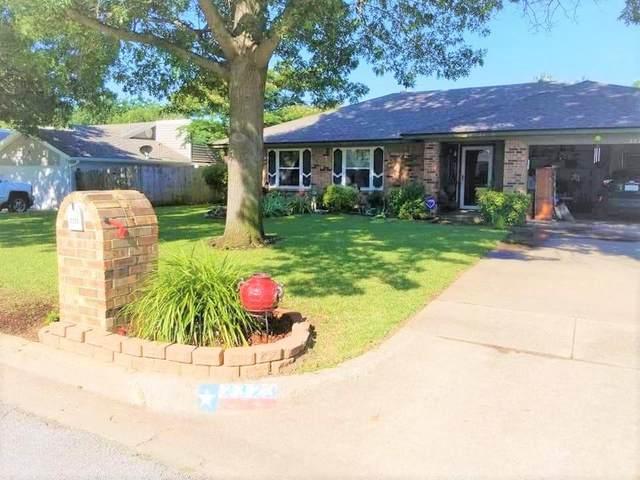 2323 Mockingbird Drive, Grapevine, TX 76051 (MLS #14500749) :: The Hornburg Real Estate Group
