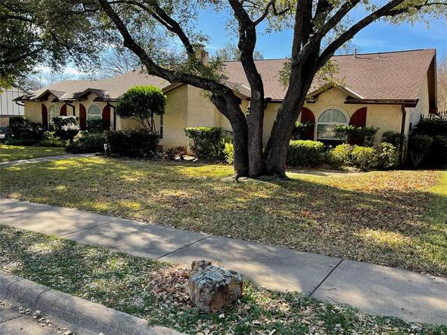 1308 Woodvine Drive, Euless, TX 76040 (MLS #14501043) :: All Cities USA Realty