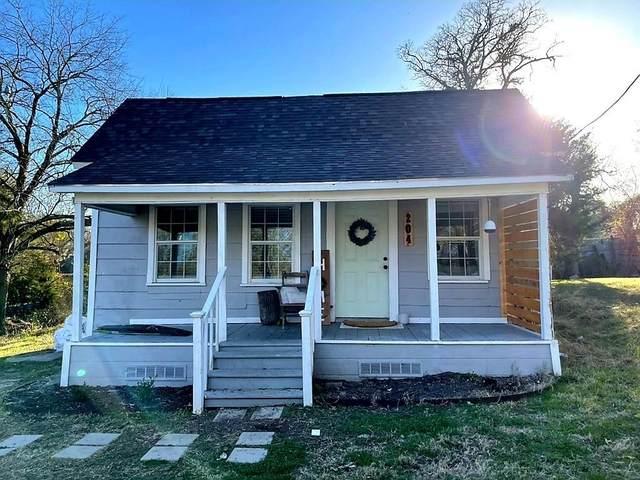204 Frierson Street, Waxahachie, TX 75165 (MLS #14501339) :: The Kimberly Davis Group
