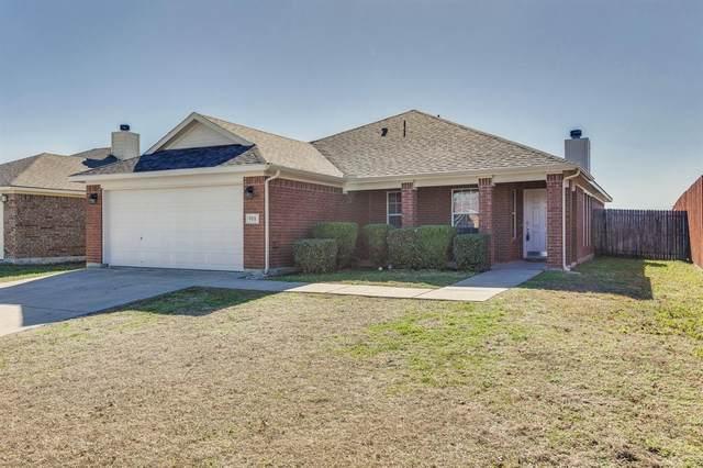 955 Heather Street, Burleson, TX 76028 (MLS #14503728) :: The Kimberly Davis Group