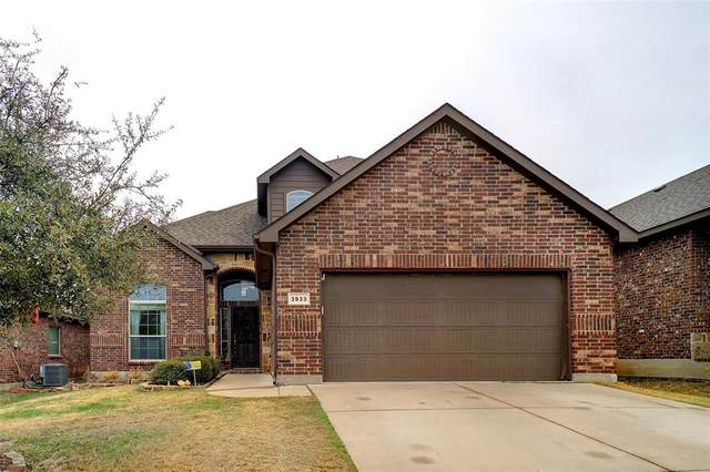 3933 Lazy River Ranch Road, Fort Worth, TX 76262 (MLS #14505368) :: The Mauelshagen Group