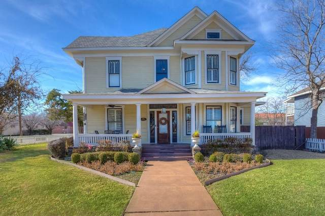 Fort Worth, TX 76110 :: Robbins Real Estate Group