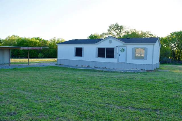 150 Valley Lake Lane, Springtown, TX 76082 (#14513037) :: Homes By Lainie Real Estate Group