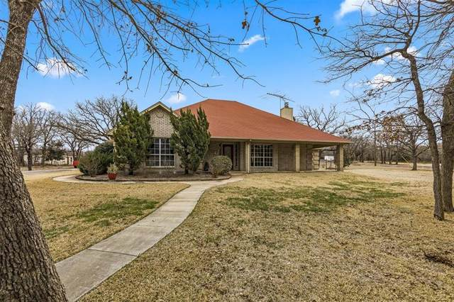 199 Spring Creek Court, Paradise, TX 76073 (#14516583) :: Homes By Lainie Real Estate Group