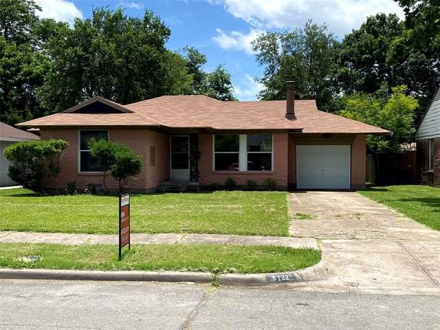 3122 San Marcus Avenue, Dallas, TX 75228 (MLS #14520364) :: Wood Real Estate Group