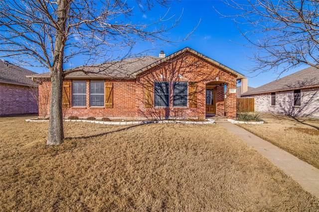 2811 Meadow Bluff Drive, Wylie, TX 75098 (MLS #14520864) :: The Kimberly Davis Group