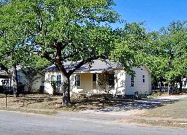 305 S Virginia Avenue, Eastland, TX 76448 (MLS #14521825) :: The Property Guys