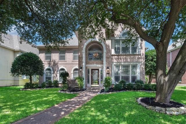 18407 Gibbons Drive, Dallas, TX 75287 (MLS #14523043) :: Trinity Premier Properties