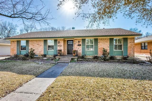 6621 Kingsbury Drive, Dallas, TX 75231 (MLS #14525186) :: Robbins Real Estate Group