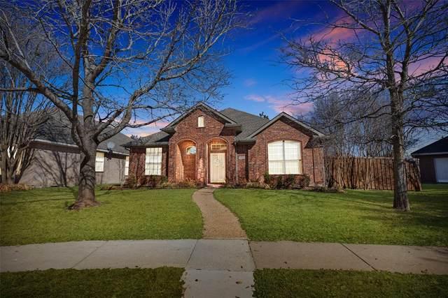 9004 Azinger Drive, Plano, TX 75025 (MLS #14525490) :: Lisa Birdsong Group | Compass