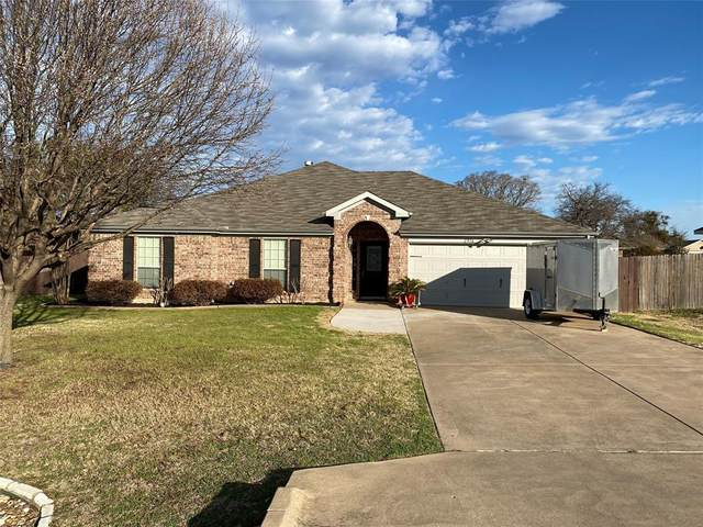 2916 Meandering Way, Granbury, TX 76049 (MLS #14526030) :: All Cities USA Realty