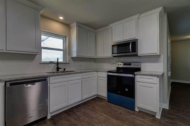 201 W Wilson Avenue, Whitney, TX 76692 (MLS #14526081) :: Wood Real Estate Group