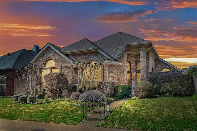 18927 Voss Road, Dallas, TX 75287 (#14526231) :: Homes By Lainie Real Estate Group