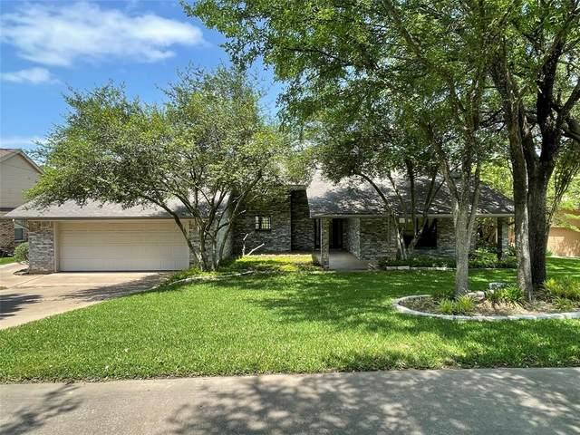 3807 Nocona Drive, De Cordova, TX 76049 (MLS #14528533) :: Team Hodnett