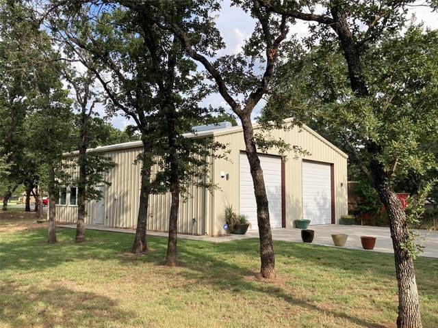 164 Crestwood Drive, Graham, TX 76450 (MLS #14537121) :: The Star Team | Rogers Healy and Associates