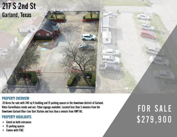 217 S 2nd Street, Garland, TX 75040 (MLS #14538571) :: The Kimberly Davis Group