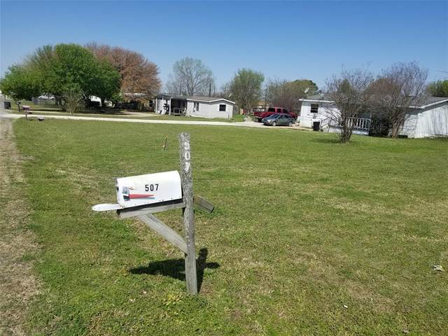 507 Windy Lane, Southmayd, TX 75092 (MLS #14540620) :: Results Property Group