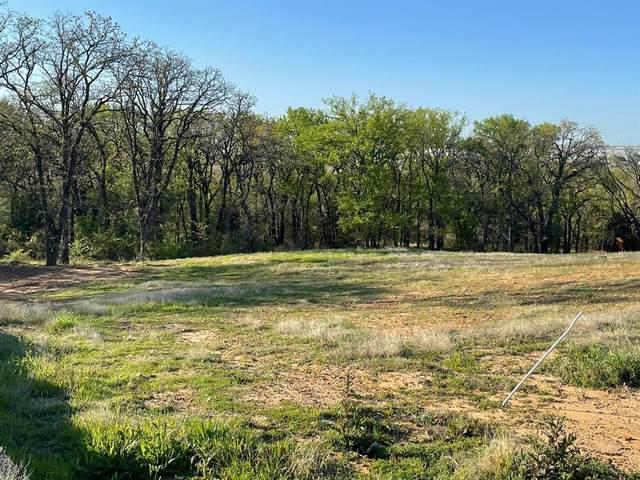 1604 Emerald Knoll Drive, Keller, TX 76248 (MLS #14541847) :: Maegan Brest | Keller Williams Realty