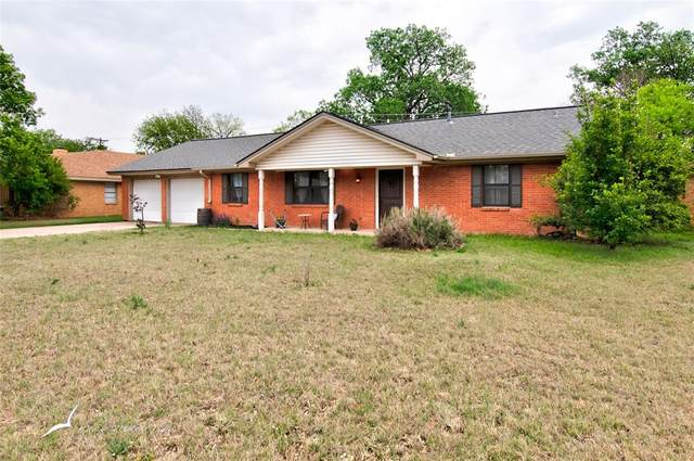 1749 Delwood Drive, Abilene, TX 79603 (#14544687) :: Homes By Lainie Real Estate Group