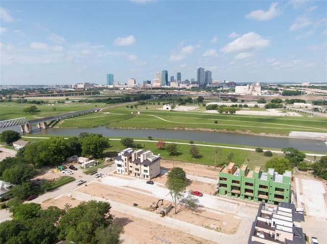 412 S Rayner Avenue, Fort Worth, TX 76111 (MLS #14549216) :: The Good Home Team