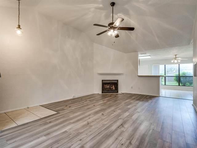 2919 Post Oak Drive, Euless, TX 76039 (MLS #14549524) :: DFW Select Realty