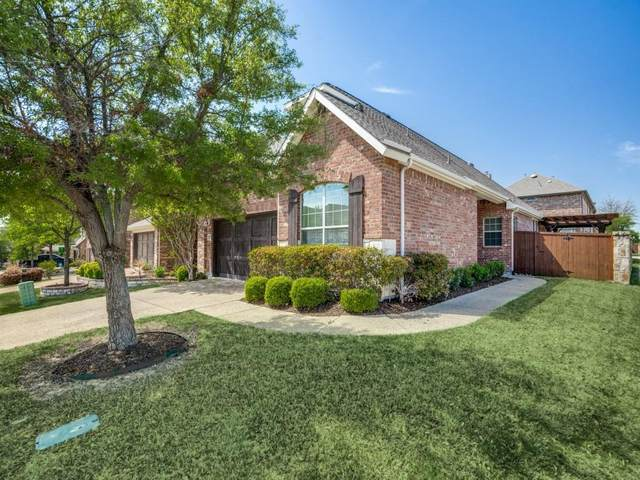 200 Vagon Castle Lane, Lewisville, TX 75056 (MLS #14551429) :: Team Hodnett