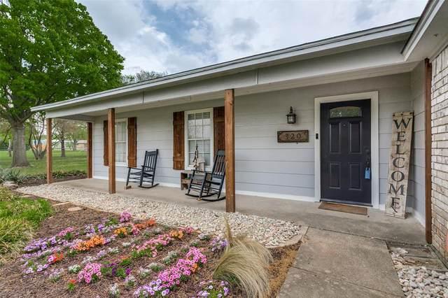 320 Lonquist Road, Midlothian, TX 76065 (MLS #14551628) :: The Hornburg Real Estate Group