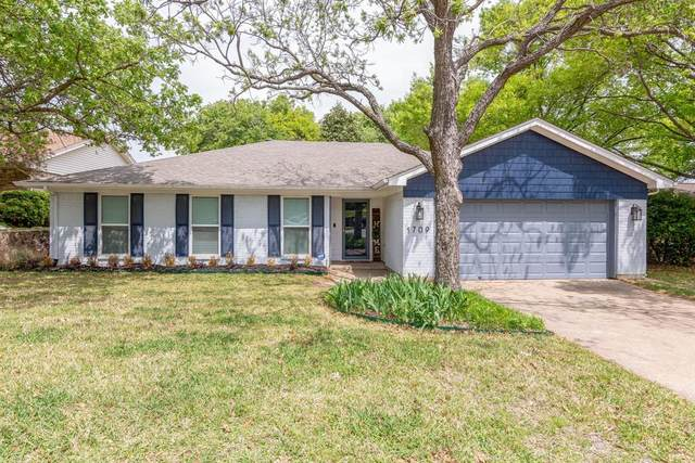 1709 Bedford Oaks Drive, Bedford, TX 76021 (MLS #14552497) :: The Chad Smith Team