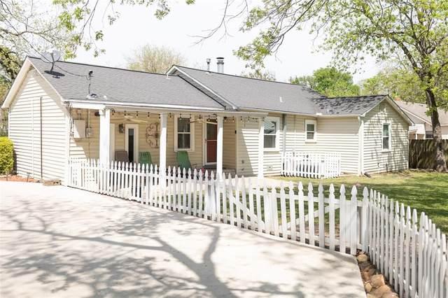 305 W Pyle Street, Kaufman, TX 75142 (MLS #14553058) :: The Chad Smith Team