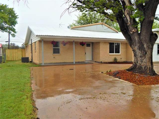517 Bryant, Clyde, TX 79510 (MLS #14555072) :: All Cities USA Realty