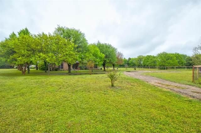 5501 S Highway 171, Cleburne, TX 76031 (MLS #14555611) :: Real Estate By Design