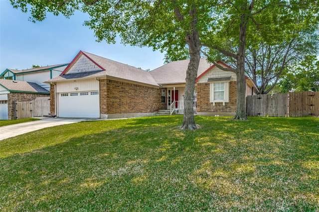 4902 Oak Springs Drive, Arlington, TX 76016 (MLS #14555853) :: The Mauelshagen Group