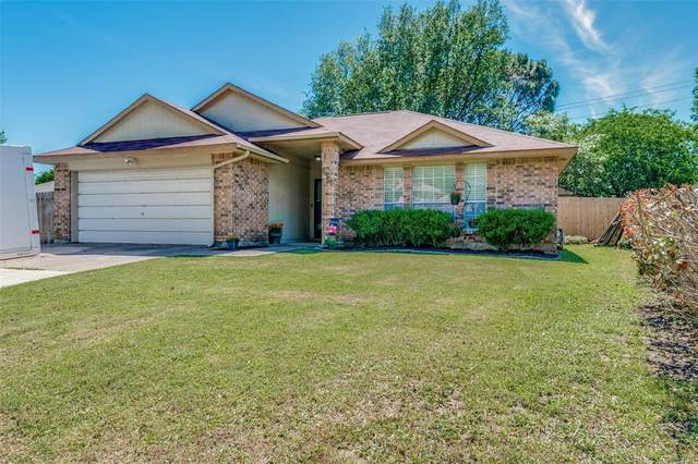 4967 Garden Grove Road, Grand Prairie, TX 75052 (MLS #14570076) :: RE/MAX Landmark
