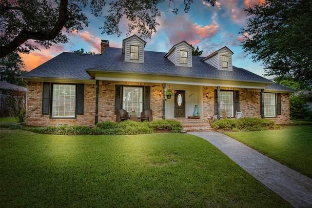 1545 Driftwood Drive, Dallas, TX 75224 (MLS #14570364) :: Wood Real Estate Group