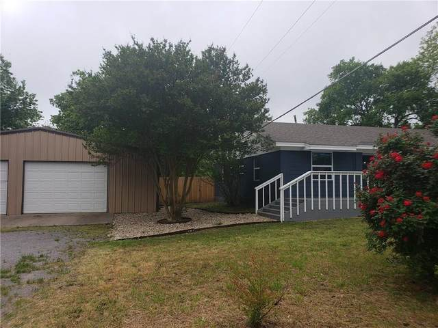 209 W Cedar Street, Whitewright, TX 75491 (MLS #14570896) :: RE/MAX Pinnacle Group REALTORS