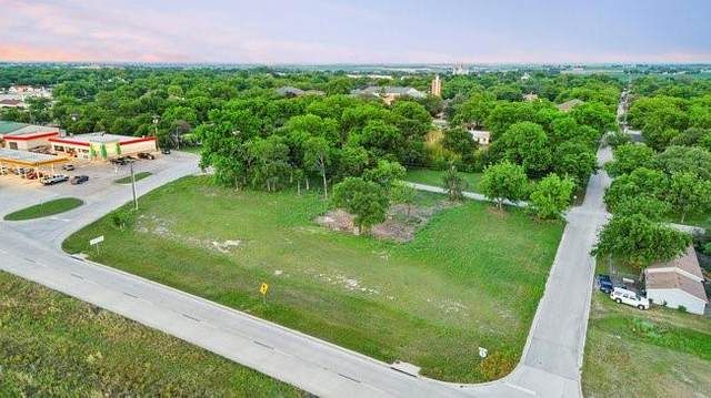 308 S College Avenue, West, TX 76691 (MLS #14570986) :: Real Estate By Design