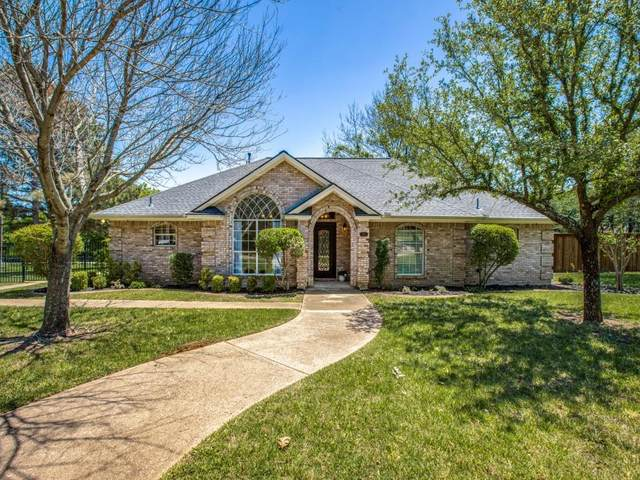 441 W Bethesda Road, Burleson, TX 76028 (#14572685) :: Homes By Lainie Real Estate Group