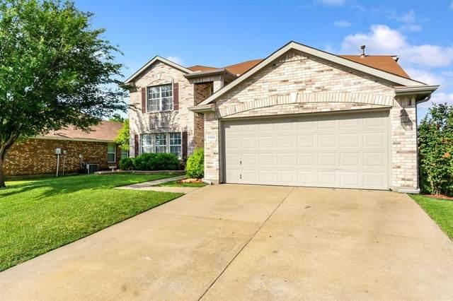7002 Lake Jackson Drive, Arlington, TX 76002 (MLS #14575552) :: Rafter H Realty