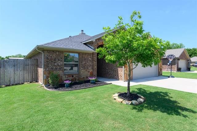 1208 Mary Ann Court, Tioga, TX 76271 (MLS #14575647) :: The Chad Smith Team