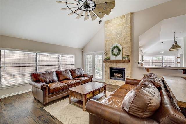 4906 Meadow Vista Place, Garland, TX 75043 (MLS #14576787) :: Real Estate By Design