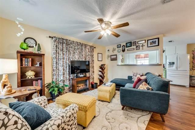 315 N Plum Street N, Millsap, TX 76066 (MLS #14579347) :: Real Estate By Design