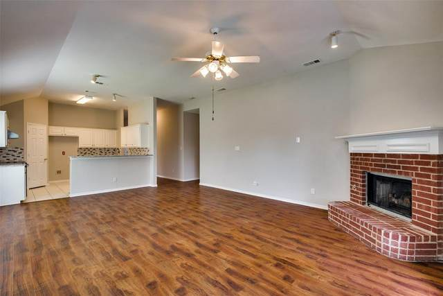 2049 Kenny Court, Lewisville, TX 75067 (MLS #14585217) :: Real Estate By Design