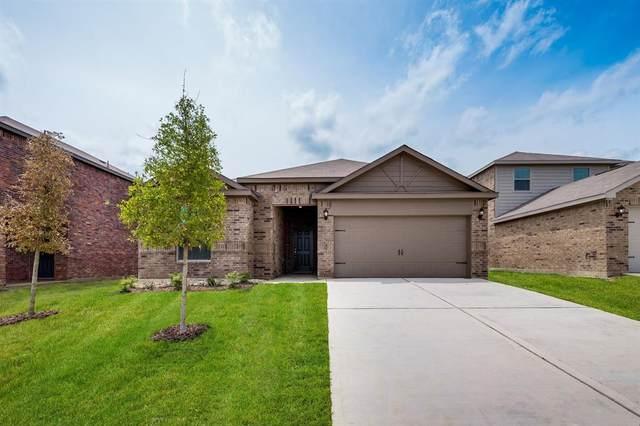 817 Clark Drive, Ferris, TX 75125 (MLS #14587400) :: Real Estate By Design