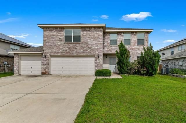 332 Saddlebrook Drive, Krum, TX 76249 (MLS #14591306) :: Real Estate By Design