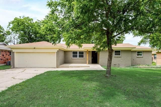7313 Winnell Way, North Richland Hills, TX 76180 (MLS #14592117) :: VIVO Realty
