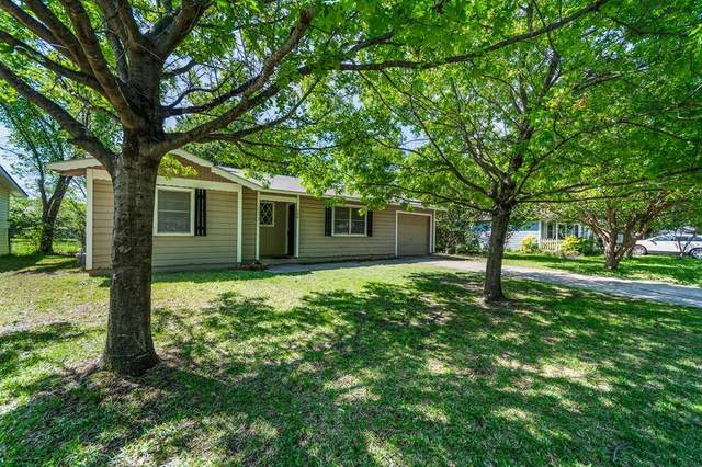 708 Juno Lane, Denton, TX 76209 (MLS #14593408) :: The Mauelshagen Group
